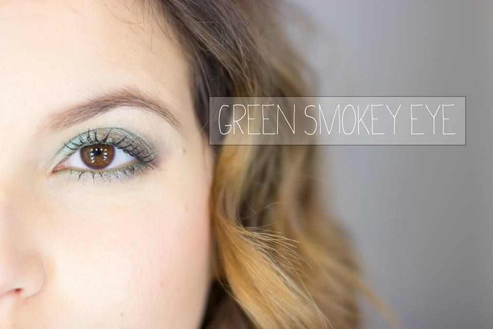 Green Smokey eye turquoise mac youtube missnessybee unblogbeaute beauté maquillage makeup